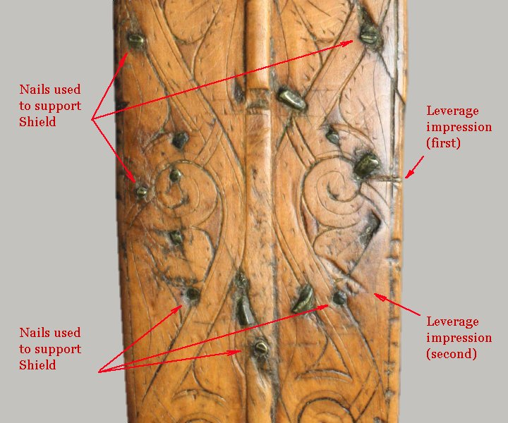 Annotated photograph of the Queen Mary Harp's pillar