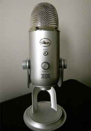 photograph of the microphone Scott used